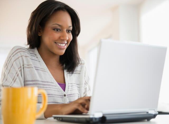 mulher-computador